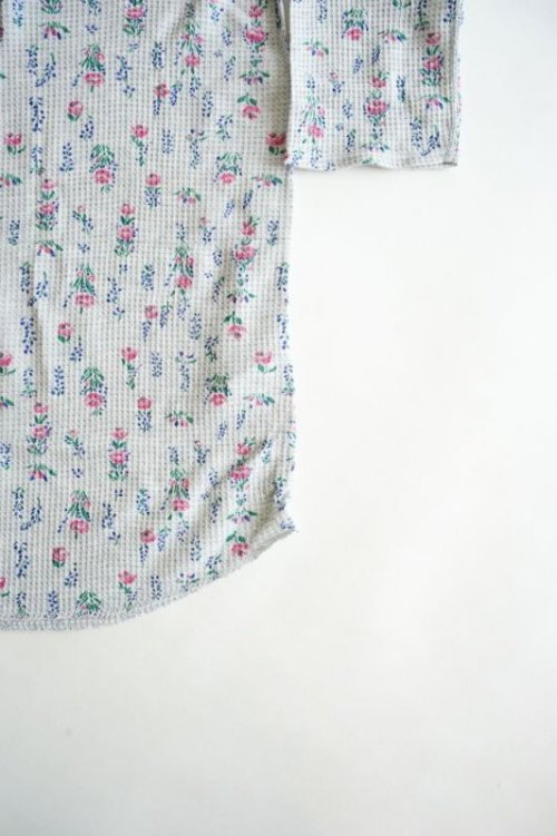 他の写真2: 【JEMORGAN(ジェーイーモーガン)】ワッフル花柄七分袖LONG Tee